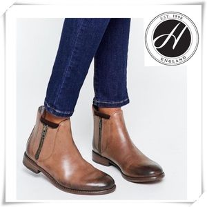 EUC H by Hudson Algoma Leather Zip Ankle Boot